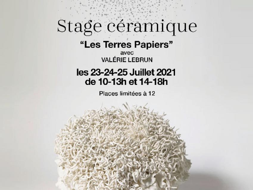 Stage Céramique 'Les Terres Papiers' avec Valérie lebrun - © © Poussiere d'Ocre