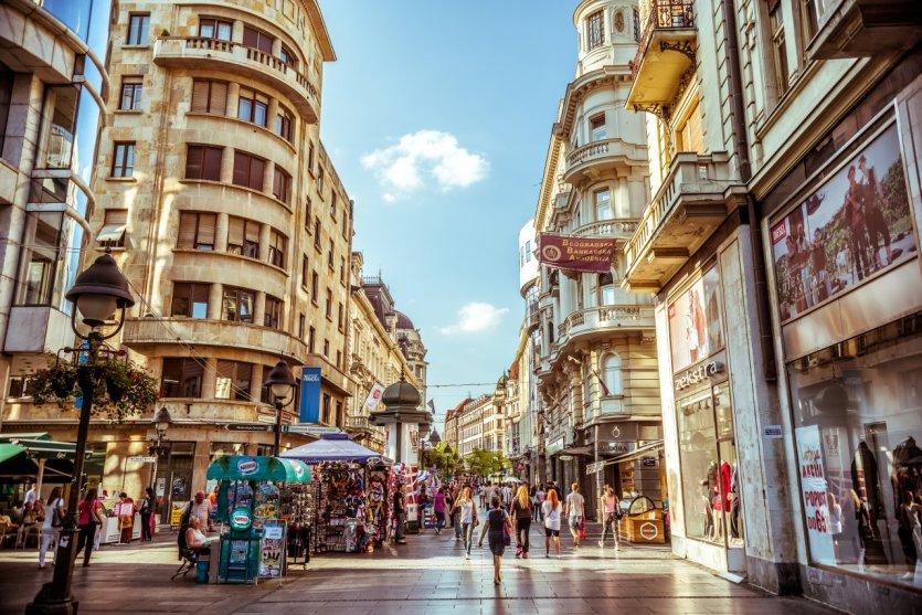 La rue Knez Mihailova, principale artère commerçante de la capitale. - © Kirill_makarov - Shutterstock.com