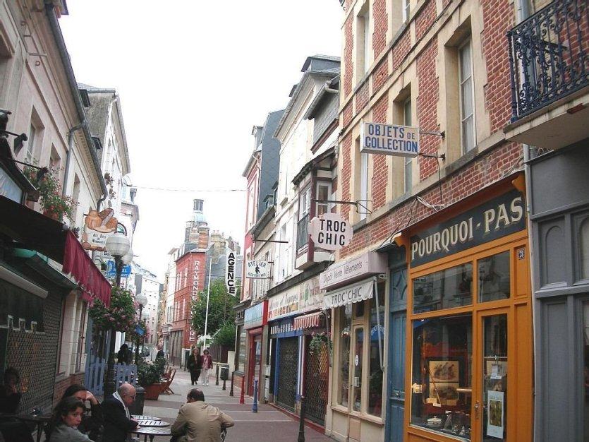 Trouville reine des stations normandes comme avant for Rue des bains