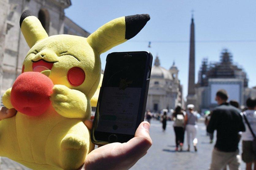 Pikachu, plus populaire que le Pape au Vatican ? - © TIZIANA FABI / AFP / D.R
