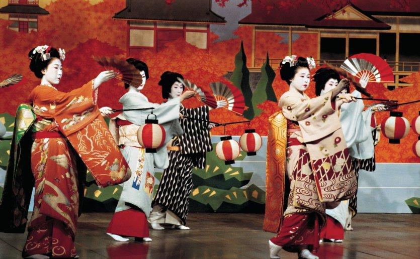 Le Kamagawa Odori est un spectacle de danse traditionnelle. - © Tom Pepeira  - Iconotec