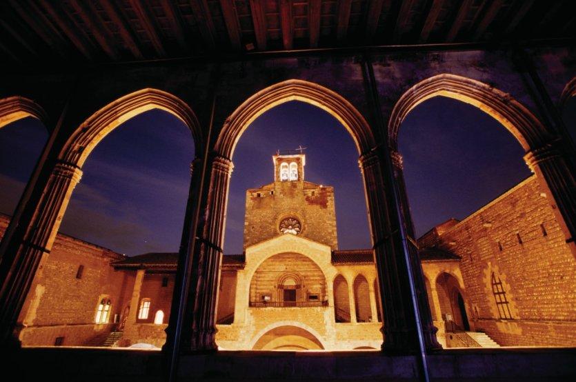 Perpignan douce capitale catalane perpignan 66000 - Palais des rois de majorque perpignan ...