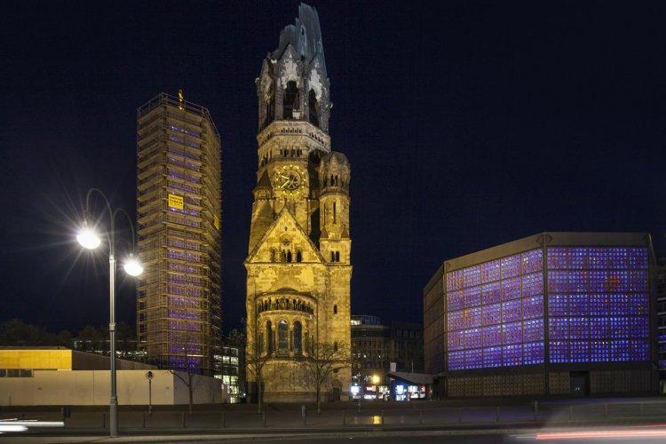 L'église du souvenir et sa consolidation. - © Meinzahn - iStockPhoto.com