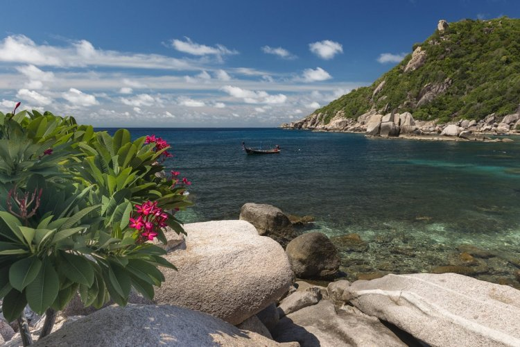 Mango Bay est uniquement accessible par bateau. - © Ryasnik - istockphotos