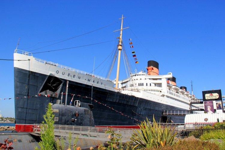 Queen Mary Pier, Long Beach - © Supanee _ Hickman - Shutterstock