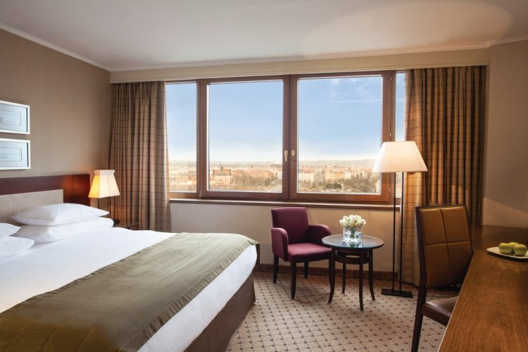 Business Room - © Corinthia hotels