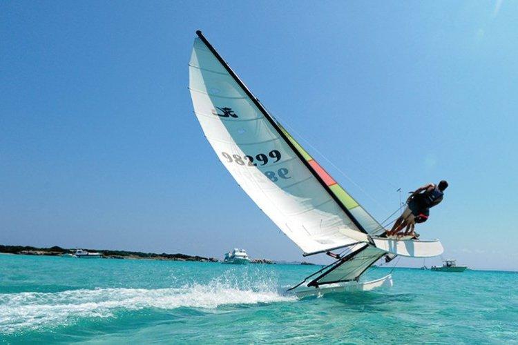 De nombreuses activités nautiques - © Office de Toursime de Bonifacio