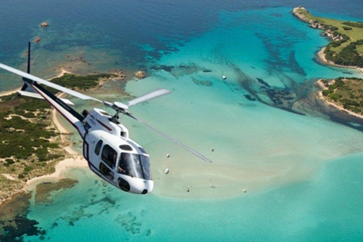 Sortie en hélicoptère - © Office de Toursime de Bonifacio
