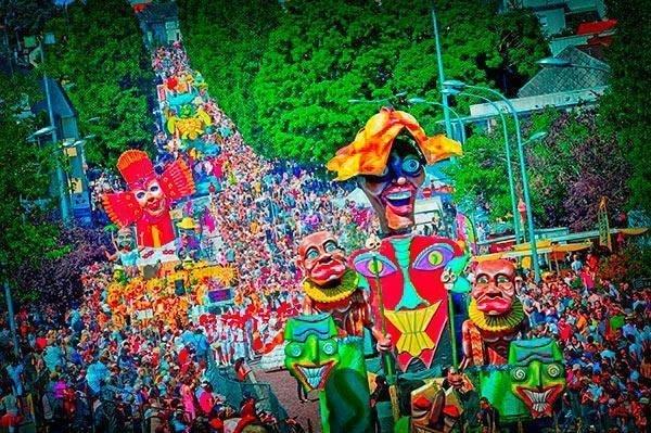 - © Carnaval de Cholet