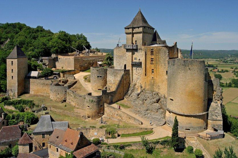 - © Château de Castelnaud