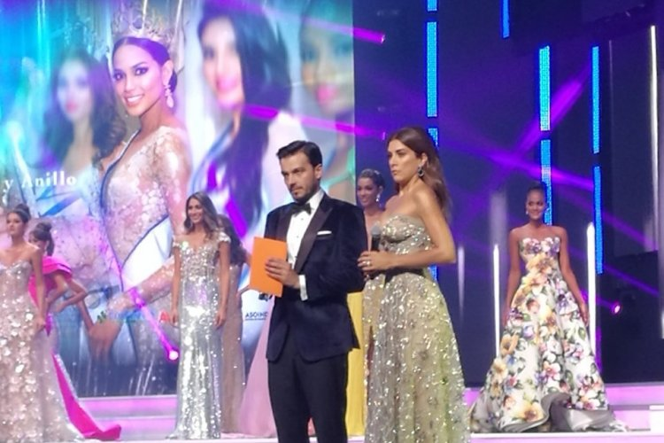Moment crucial - Miss Colombie 2017 - © Laurent BOSCHERO