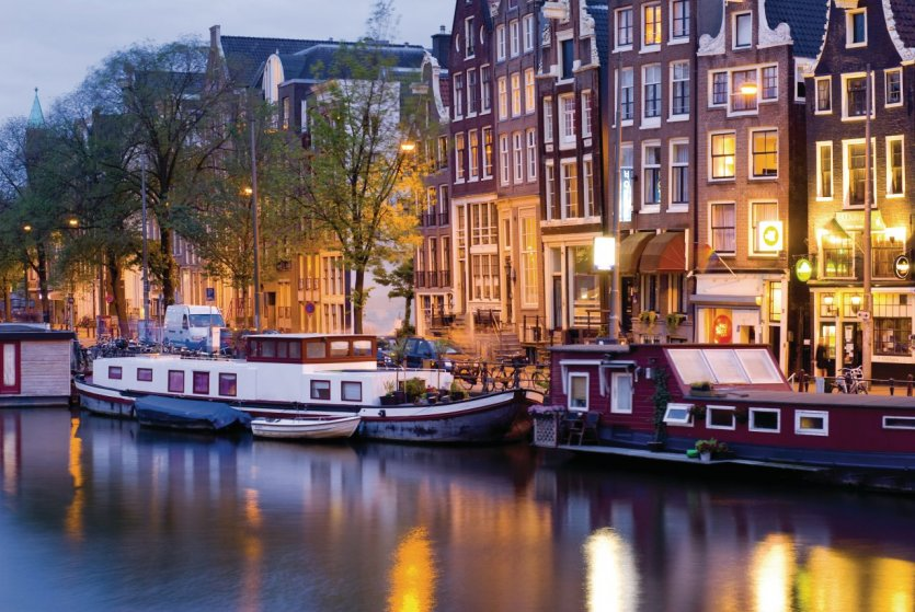 Les houseboats, une spécialité typiquement amsterdamoise!