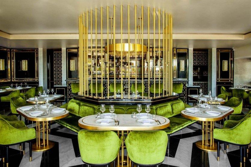 Song qi le premier restaurant gastronomique chinois de - Decoration table restaurant gastronomique ...