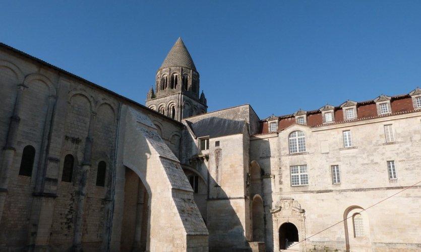 Abbaye aux dames de Saintes