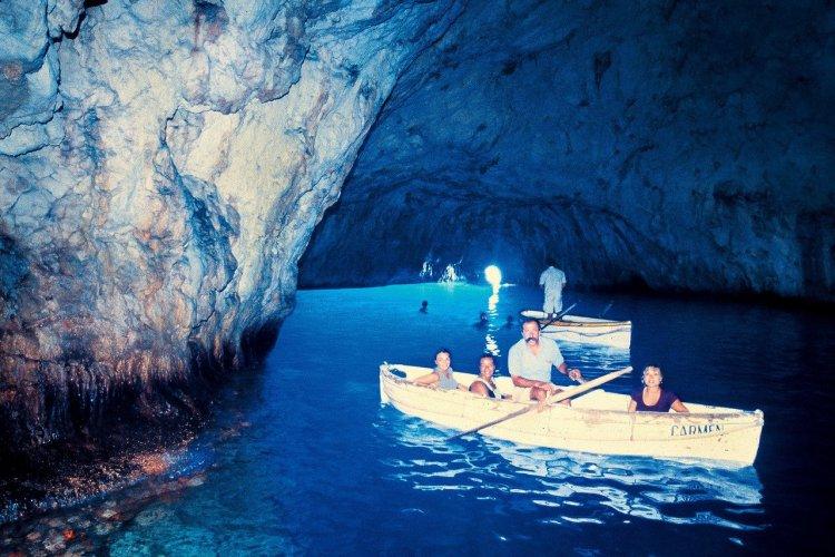Grotte Bleue. - © Azienda Autonoma Cura Soggiorno e Turismo Isola di Capri