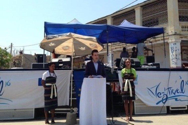 Inauguration par l'Ambassadeur de l'Union Européenne. - © Vez'tival