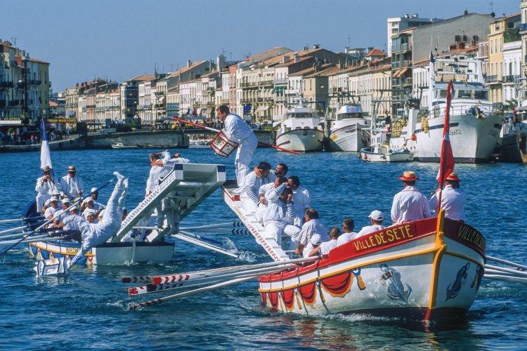 """Résultat de recherche d'images pour """"Sète france joutes nautiques"""""""