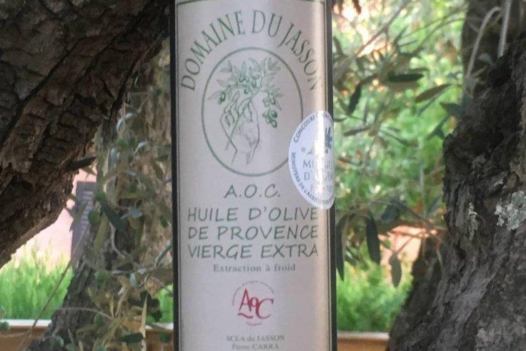 L'huile d'olive du domaine - © Domaine du Jasson