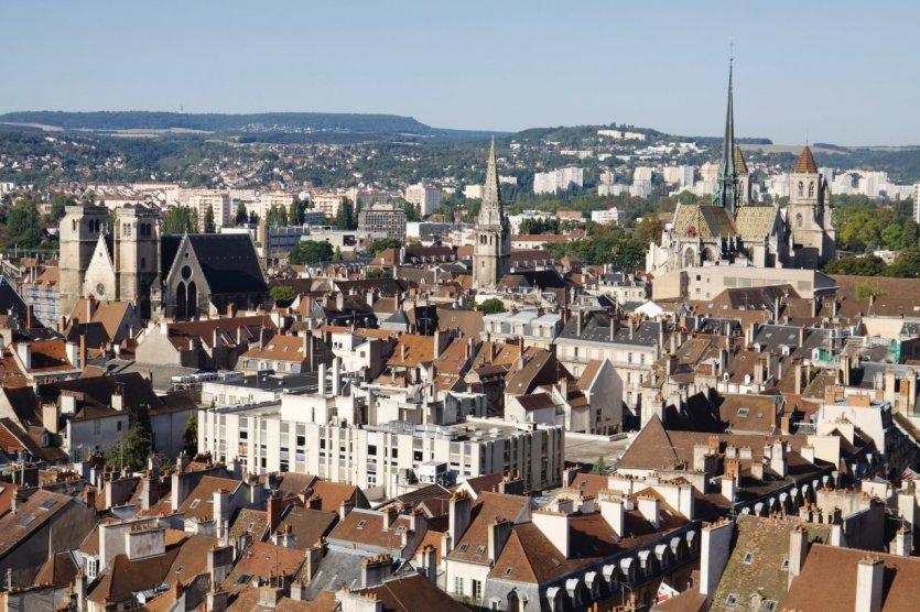 Vue sur les toits de Dijon.