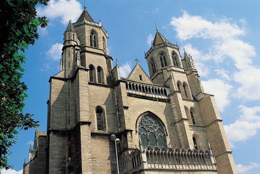 Cathédrale Saint-Benigne à Dijon.