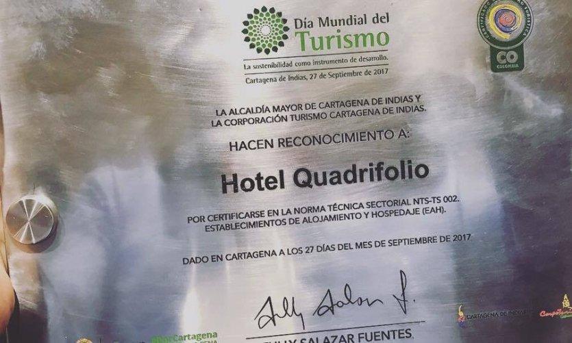 La reconnaissance offerte à l'hôtel par Alcadía Mayor de Cartagena de Indias et Turismo Cartagena.