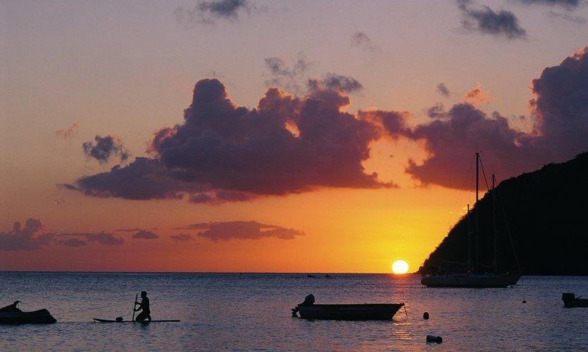 Coucher de soleil sur Grande-Anse-d'Arlet.