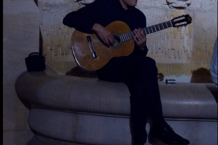 Germ Dorgans, chanteur qui se produira le 25 novembre au restaurant le 360 à La Ciotat - © Germ Dorgans
