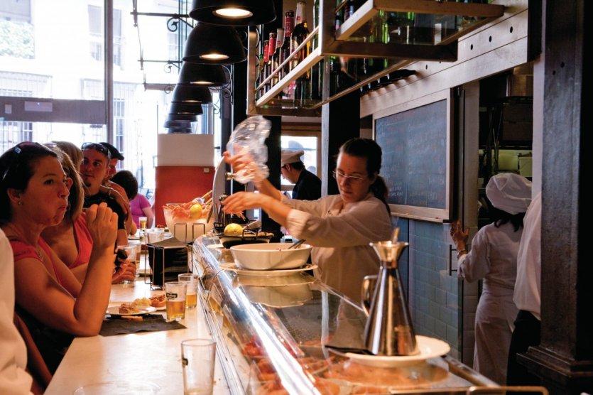 Bar à tapas du marché de San Miguel.