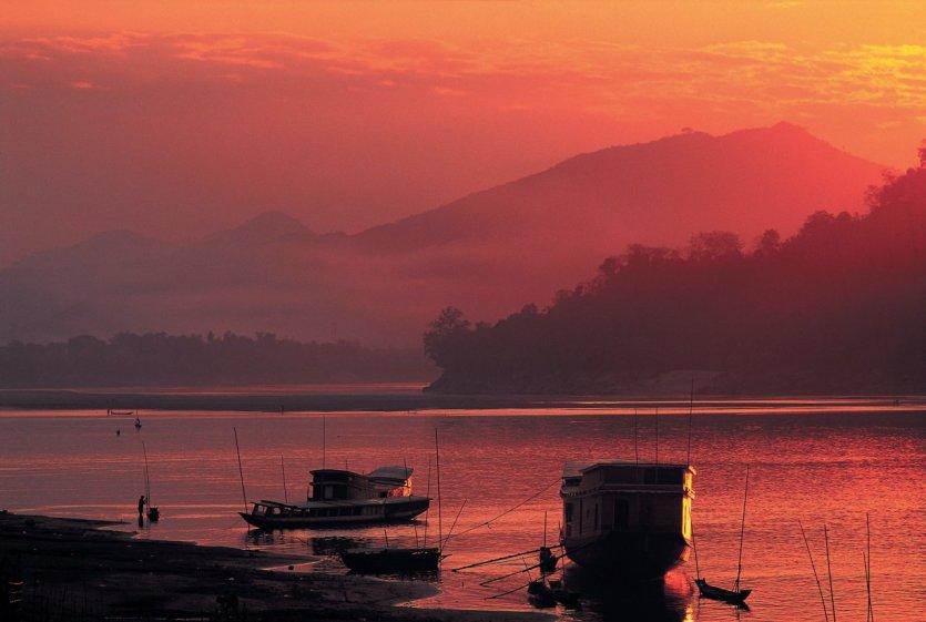 Le Mékong au coucher du soleil. - © Hugo Canabi - Iconotec