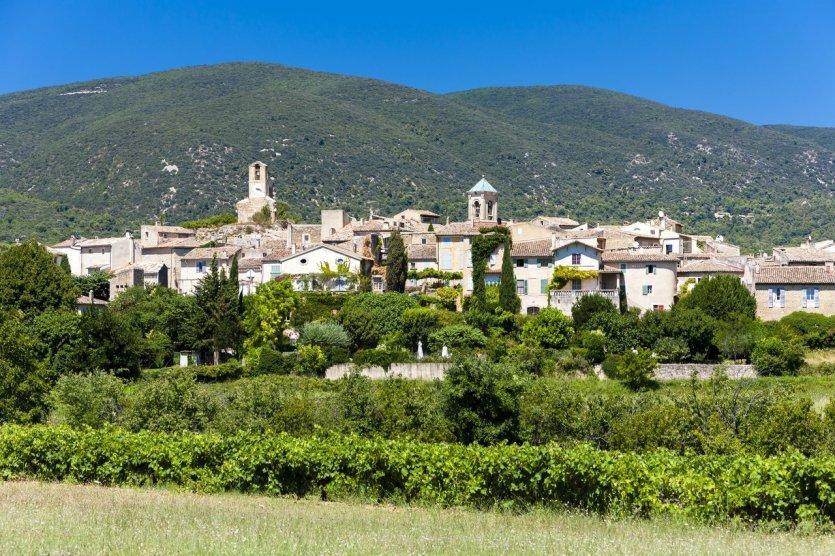 Les 10 plus beaux villages de la r gion paca gordes 84220 - Les plus beau village du var ...