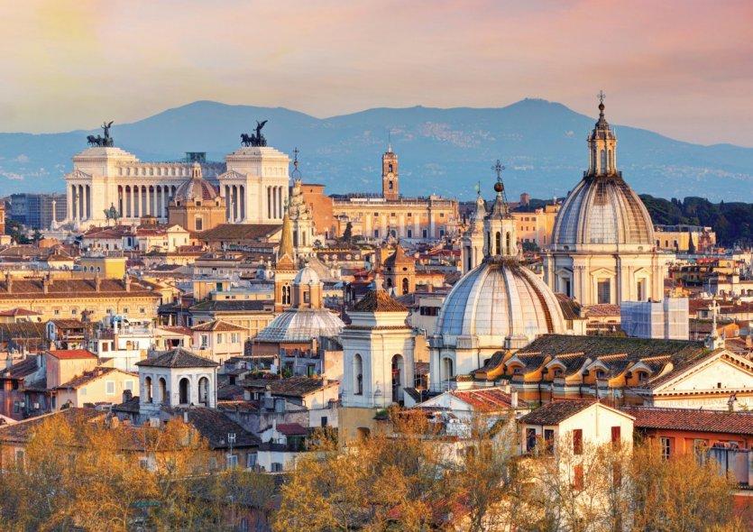 Vue sur Rome depuis le Château Saint-Ange. - © TomasSereda - iStockphoto