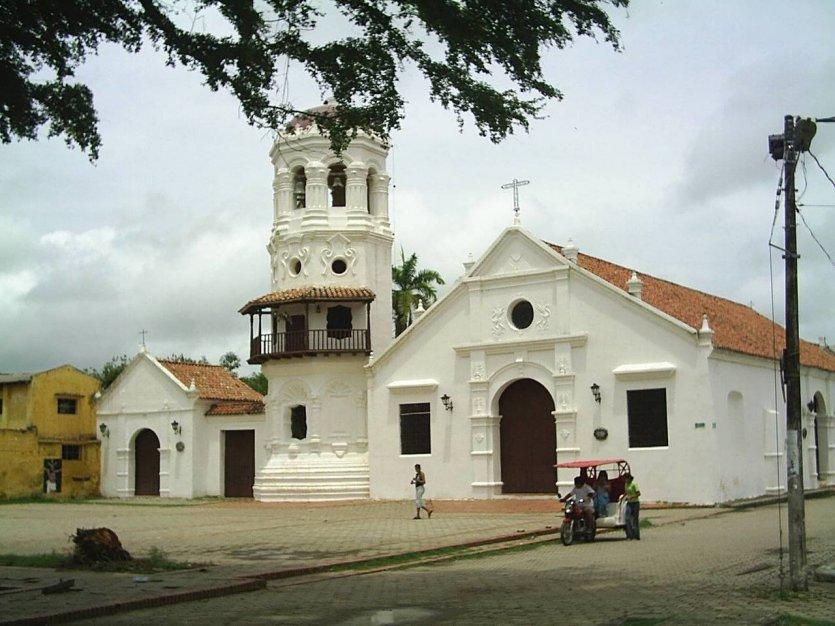 Église de Santa Barbara construite en 1613 - © Wikipedia Einer3088