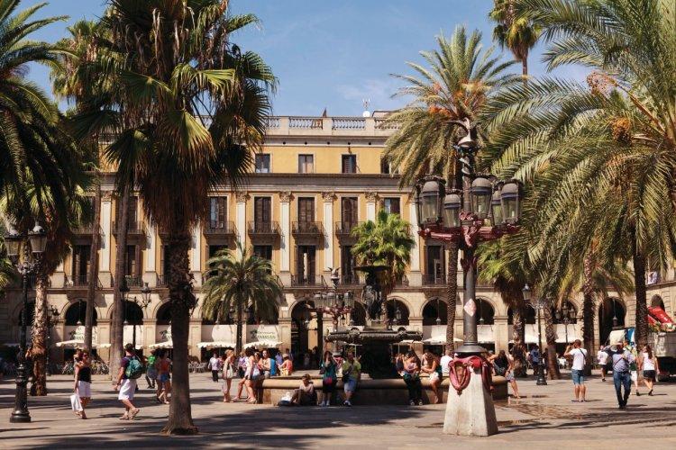 Plaça Reial. - © Irène ALASTRUEY - Author's Image