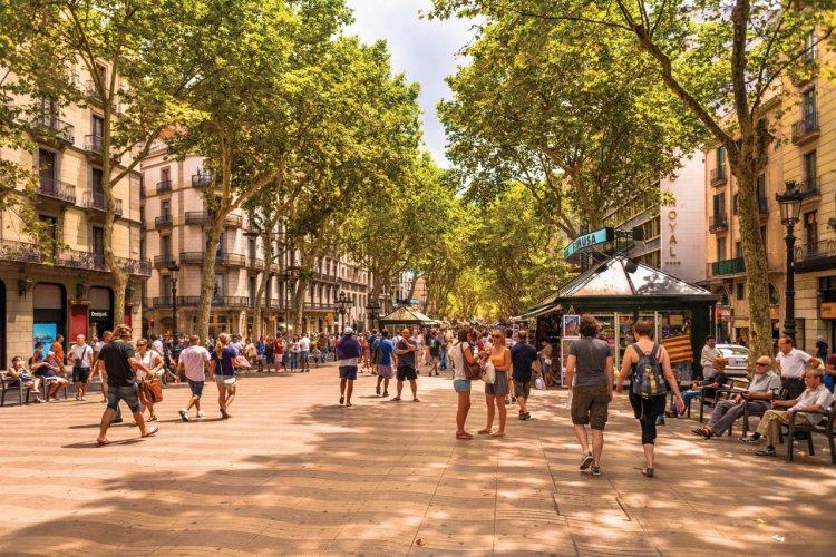 Las Ramblas, Barcelone. - © EHStock