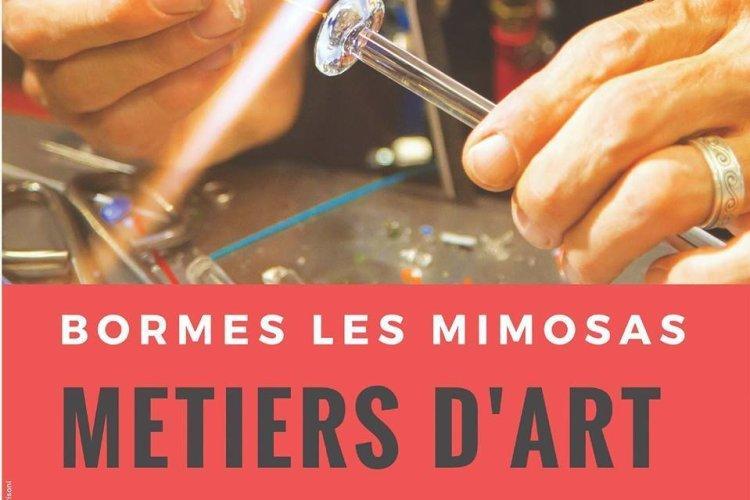- © Bormes-les-Mimosas