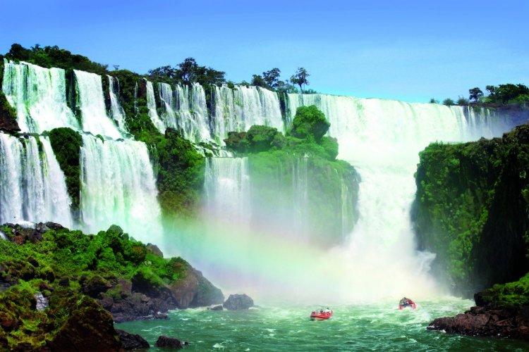 Les chutes d'Iguazu - © Galina Barskaya