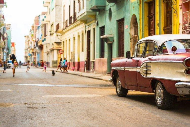 Les rues colorées de La Havane - © Spooh