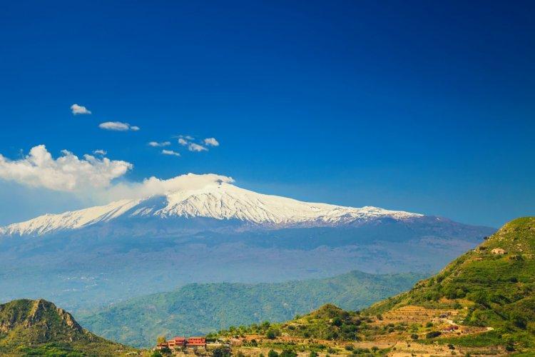 L'Etna, le volcan le plus haut d'Europe. - © Anita_Bonita