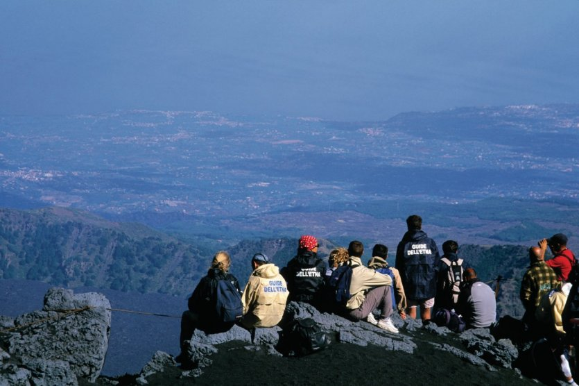 Repos mérité après l'ascension de l'Etna.