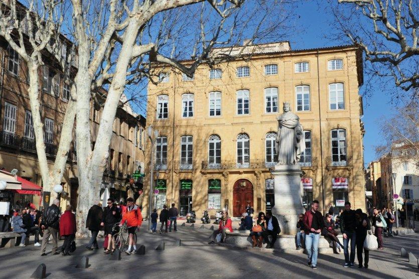 Haut du cours Mirabeau, fontaine du Roi René