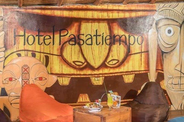 - © HOTEL PASATIEMPO