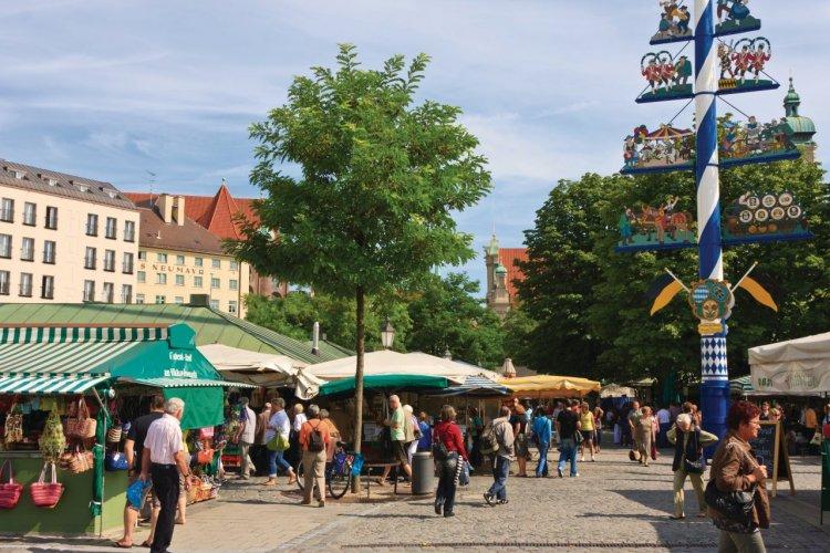 Viktualienmarkt (place du marché). - © Lawrence BANAHAN - Author's Image