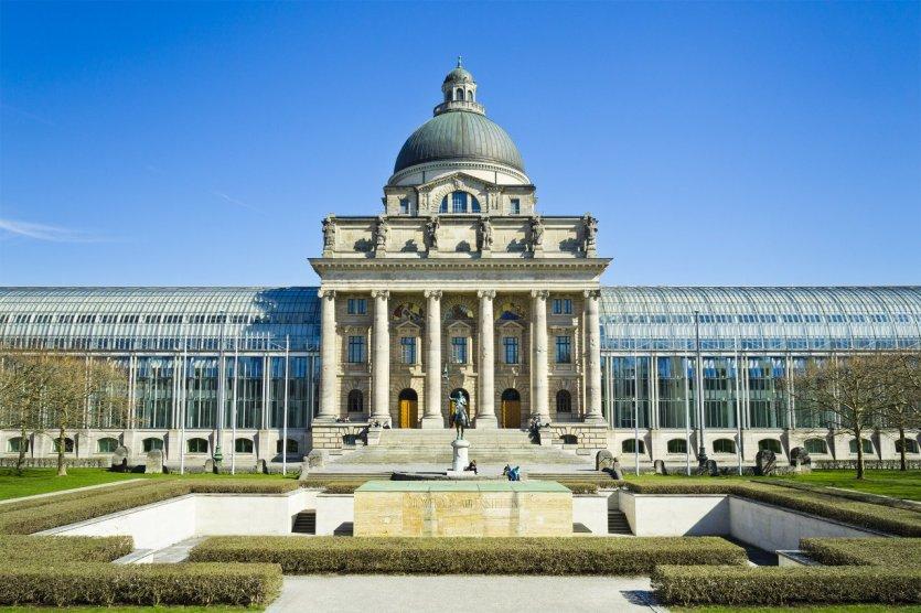 Bayerische Staatskanzlei. - © Markus Gann - Shutterstock.com