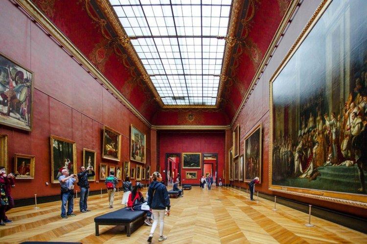 Musée du Louvre - © Alexandra Lande - Shutterstock.com