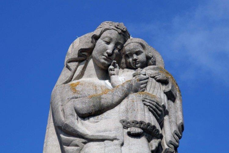 La Vierge du Mas Rillier - © loflo69 - Shutterstock.com
