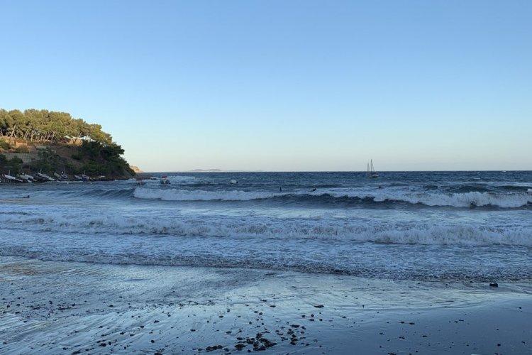 La plage de Fabrégas - © L'Ananas Blonde