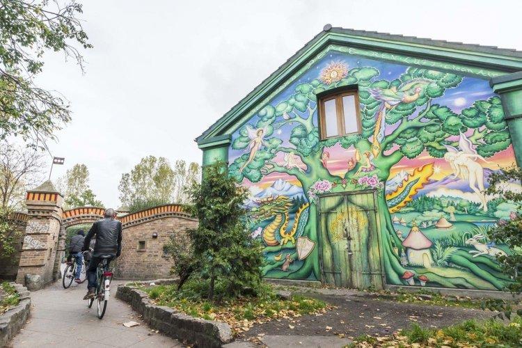 Quartier de Christiania - © Xavier Allard - Adobe Stock