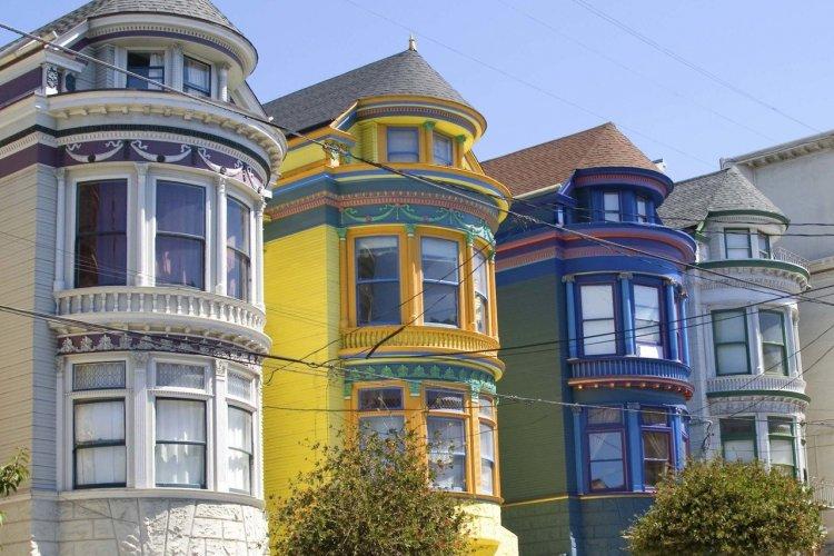 Les maisons victoriennes colorées du district d'Haight Ashbury - © Icoccia - iStockphoto