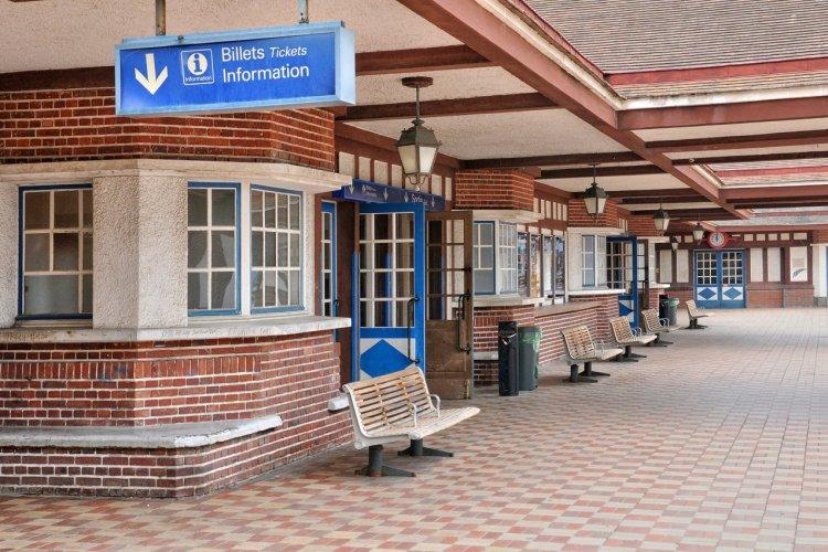 La gare de Trouville-Deauville - © Packshot - stock.adobe.com