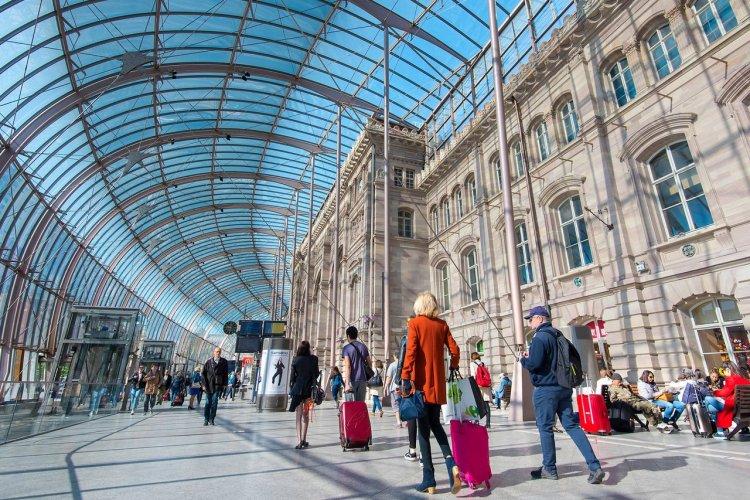 La gare de Strasbourg - © Savvapanf Photo - Shutterstock.com